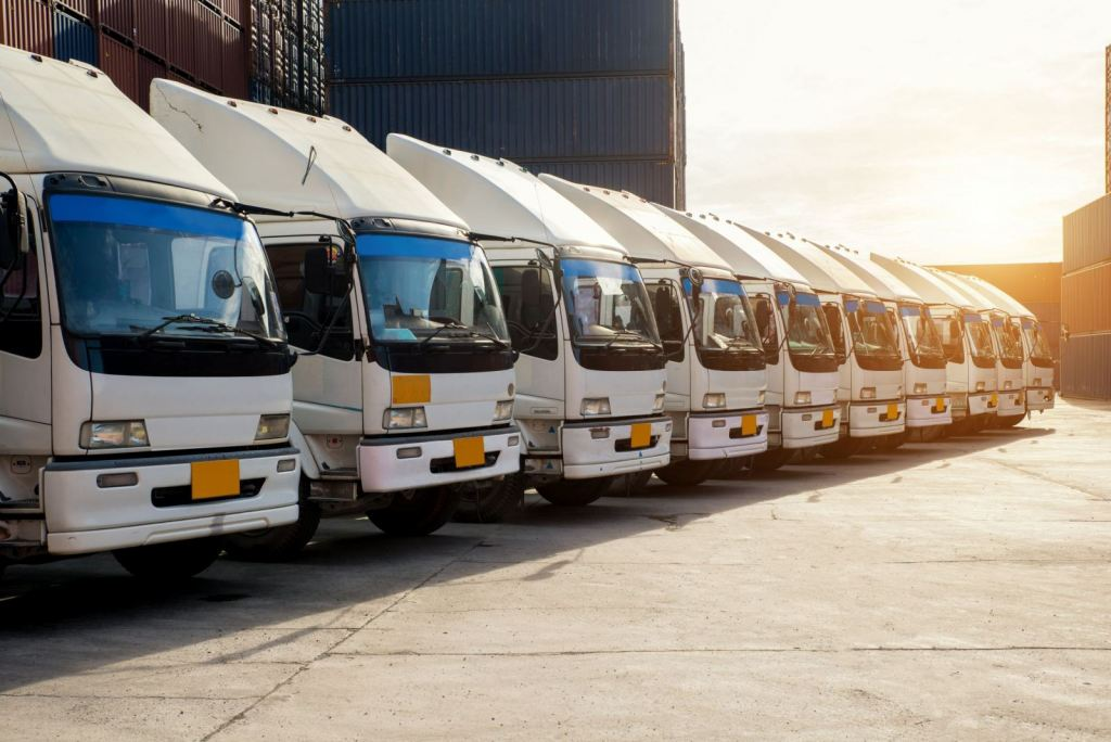 How to remove the risk when you outsource your logistics services.